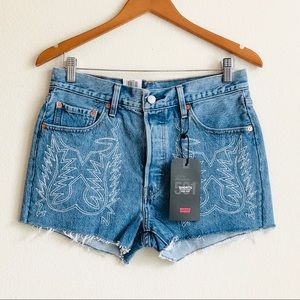 NWT Levi's 501 Embroidered Cutoff Shorts - size 24